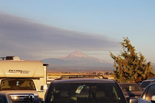 04-Early morning smoke beginning to cover Mt Jefferson prior to the start of the eclipse
