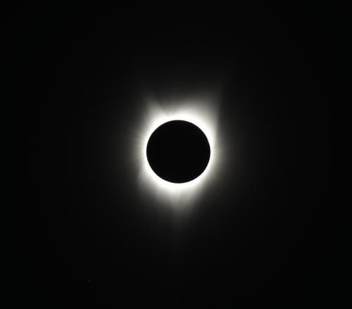 14-Totality with Slight Corona